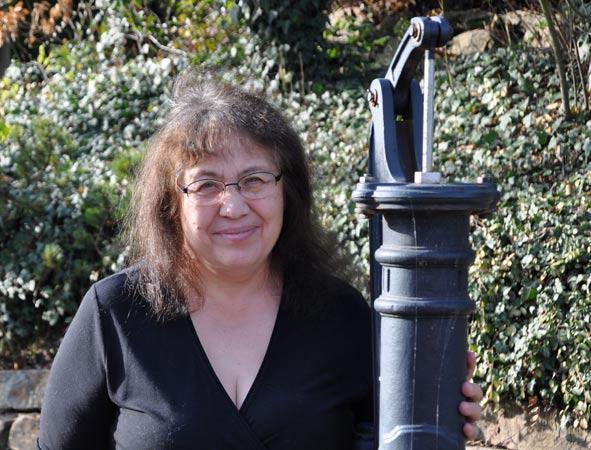 Dr. Alia Taissina